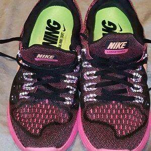Nike women's 9.5 lunartempo run shoe